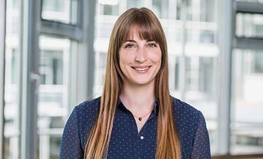 Dein Ansprechpartner für Bewerbungen: Barbara Ofer